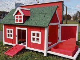 Chicken House Barn Red Design